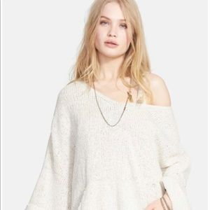 "FREE PEOPLE ""You Found Me"" Sweater💘"